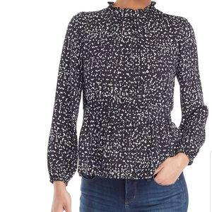 NWT! The limited petite ruffled neck top-PL